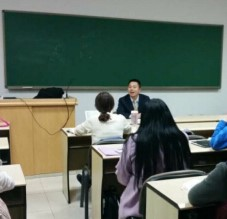 Lawyer Hang Guoliang from Global Law Office was Invited to be a Guest at Comparative Law Lecture Series, Speaking about 'How an International Trade Lawyer Passed of his Fifteen Years'